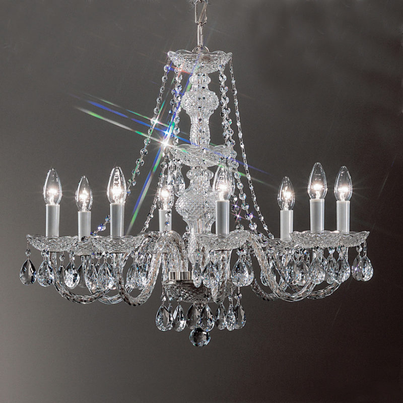 "Alt Text=""chandelier"""